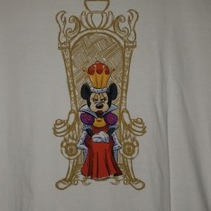 British T-shirt  Minnie mouse as Queen